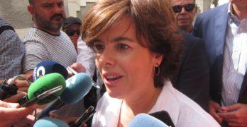Sáenz de Santamaría lleva su campaña a territorio de Cospedal a tres días del congreso y con el PP provincial dividido