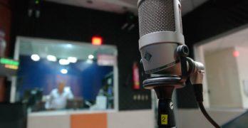 Denuncian la cuña publicitaria de un prostíbulo en la radio municipal de Mora