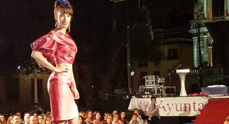 (IMÁGENES) José Sánchez transportó a Toledo a un 'Viaje a los 80' en su desfile de moda