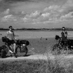 Pedalear en bici y ver una película: la experiencia 'Cinecicleta' en zonas despobladas