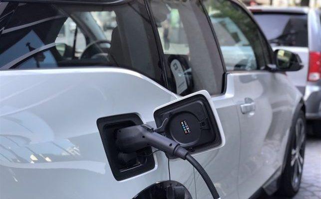 ¿Quieres comprar un vehículo o transformar el tuyo con energías alternativas?