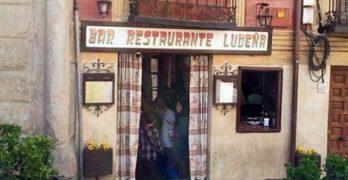 """El bar Ludeña y sus carcamusas, de luto por el fallecimiento de su cocinera, """"alma y vida"""" de la tasca"""
