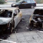 Arden tres coches en Santa Bárbara de madrugada sin causar daños personales