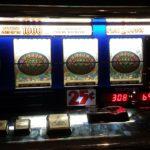 Se encuentra una tarjeta de crédito en un bar y se gasta 500 euros en apuestas online