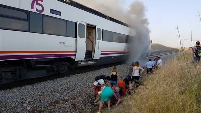 """UGT denuncia ante el Defensor del Pueblo """"la vulneración"""" de derechos de los usuarios del tren Madrid-Extremadura"""