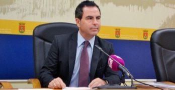 El PSOE pide el cese de la concejala de Deportes de Talavera por las obras de la piscina