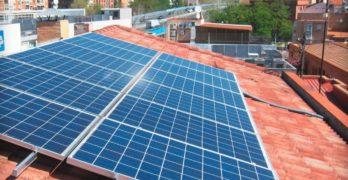 """Hacia una fotovoltaica """"social y distribuida"""": lo que queda por hacer tras la derogación del impuesto al sol"""