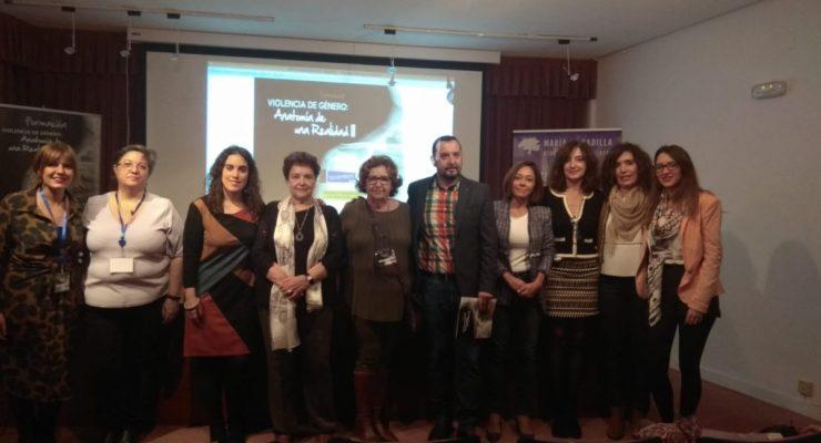 """""""Apoyo y complicidad"""" a la Asociación María de Padilla en las III Jornadas sobre la Violencia de Género"""