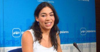 """Claudia Alonso: """"Mucha gente joven no ha conocido otro alcalde que no sea de izquierdas"""""""