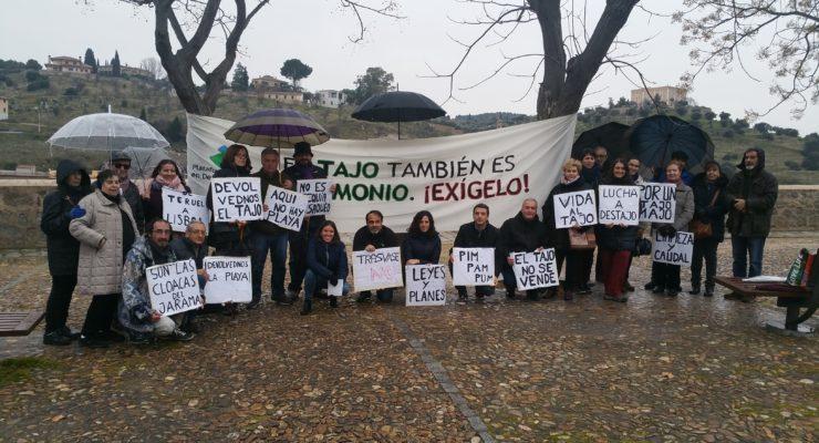 Piden a los toledanos participar en una campaña para defender la Directiva Marco del Agua