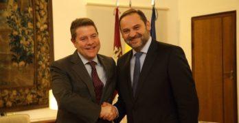Fomento se compromete a potenciar el tren en Talavera, acelerar el cierre de la A-40 o la autovía Toledo-Ciudad Real