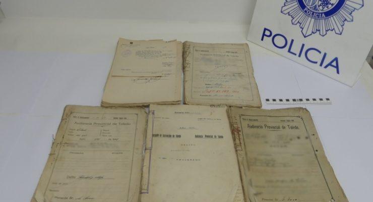 Recuperan documentos históricos de la Audiencia Provincial vendidos en un rastrillo de Madrid