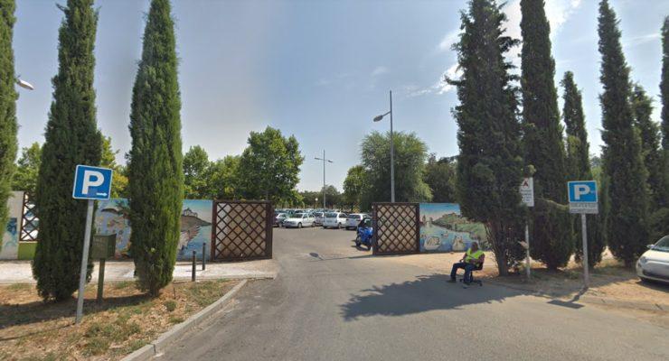 La Policía evita la muerte de una mujer que estaba inconsciente en su coche aparcado en Safont