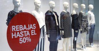 """CCOO pide no comprar este martes en las rebajas del textil como denuncia a """"los bajísimos salarios"""""""