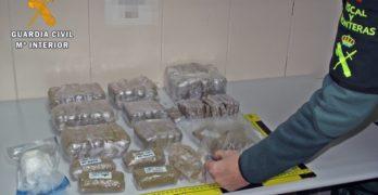 Detenidos en Badajoz dos jóvenes de Toledo con 4,5 kilos de hachís y 100 gramos de cocaína