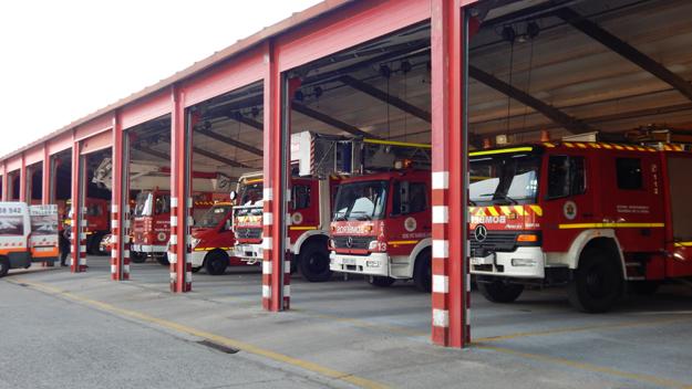 Extinguido un incendio en un local comercial en Talavera por el que evacuaron a 40 personas