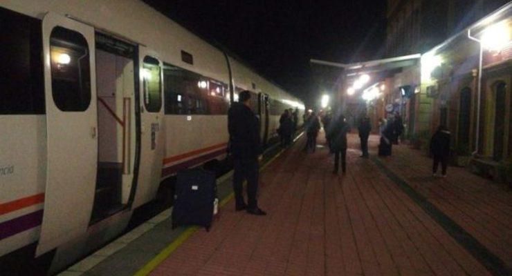 Nueva avería del tren a su paso por Talavera que hace trasladar a 40 pasajeros en bus hasta Madrid