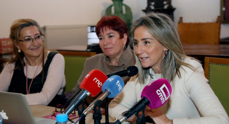 La alcaldesa de Toledo prefiere evitar un 'super domingo' electoral el 26 de mayo