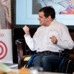 Una vida con trabas pero sin límites: la historia de superación del trainer paralímpico Álvaro Galán