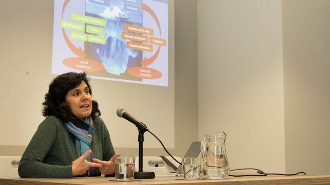 """""""El patriarcado retroalimenta nuestro modelo de consumo"""": una reflexión feminista y medioambiental"""