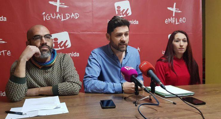"""IU califica de """"surrealista"""" que Sonsoles Arnao pretenda entrar en la confluencia con Podemos"""