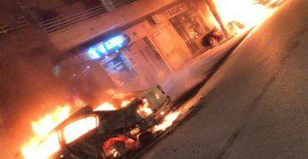 Arden cuatro vehículos en plena vía pública de Valmojado sin causar daños personales