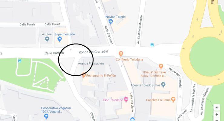 Trasladada al hospital de Toledo una mujer herida tras ser atropellada por un turismo en la calle Carrera