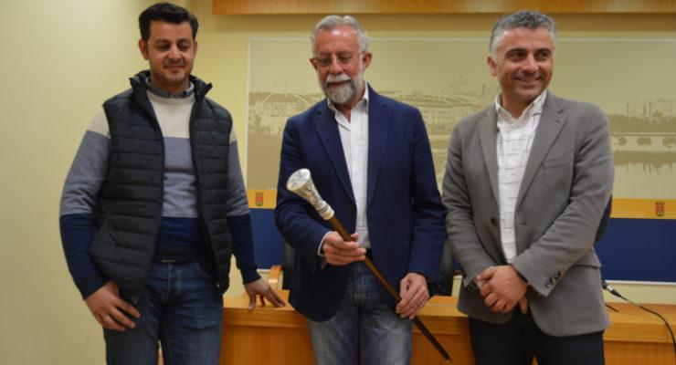 El ceramista Alberto Acosta gana el certamen para la elaboración del bastón de Mondas 2019