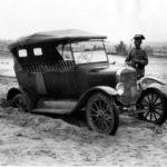 El Archivo Histórico Provincial de Toledo acoge la exposición 'Sobre ruedas', un recorrido a la historia de la automoción en la provincia