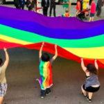 El Ayuntamiento condena la discriminación e incitación al odio del colectivo LGTBI sin los votos de PP ni Vox