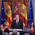 """García-Page jura su cargo como presidente de Castilla-La Mancha prometiendo """"más pactos y moderación"""""""