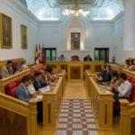 Estos son los debates de Toledo en un pleno 'sin voz' de Vox