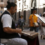 """Renzo Ruggiero y la magia del santur, música y cultura en el Arco de Palacio: """"Los niños son el mejor público"""""""