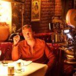 'Érase una vez… El Puente del Arzobispo': una ceramista toledana reconoce su jarra de sangría entre Brad Pitt y Di Caprio