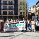 """""""Hasta los pulmones de las emisiones"""": Toledo se moviliza por el clima con diversos actos reivindicativos"""