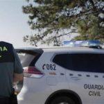 Trasladan al hospital a dos guardias civiles tras colisionar durante una persecución en la A-42