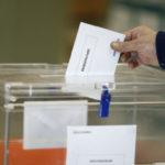 El PSOE podría llevarse un diputado más en la provincia y el escaño de Girauta quedaría en el aire, según el CIS