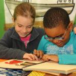 Dos ejes en la educación para el alumnado ciego: nuevas tecnologías y una red profesional de apoyo