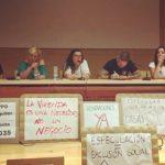 """Los vecinos de Illescas afectados por la venta de sus viviendas (VPO) a """"un fondo buitre"""" crean una plataforma"""