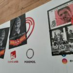 Colocan carteles de Franco en la sede del grupo municipal de IU-Podemos un día antes de su exhumación