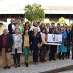 """Tierras de Cerámica recupera la """"memoria viva"""" de las mujeres pintoras de flores y grecas"""