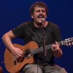 GALERÍA 📸 | Carlos Ávila embelesó a un Teatro de Rojas en el que demostró que 'lo suyo es cantar'