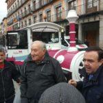 Susto en Zocodover: el tren turístico atropella a un hombre en un paso de peatones