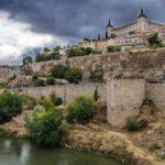 Impulsar las pernoctaciones en la ciudad, el turismo familiar o el de congresos: retos de Toledo en FITUR