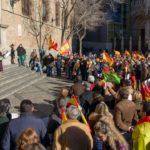 La convocatoria #EspañaExiste de la extrema derecha reúne a un centenar de personas en Toledo