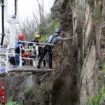 Cortado al tráfico y peatones el tramo entre los puentes de Alcántara de la carretera del Valle por desprendimientos