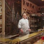 José López, nuevo chef del restaurante 'Entre dos fuegos', situado en la antigua casa de Paco de Lucía