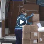 El SESCAM muestra el reparto de material de protección para sanitarios, que suma donaciones en Toledo