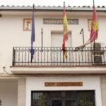 """PP y PSOE acusan a Ciudadanos de """"faltar a la verdad"""" sobre las pruebas de la COVID-19 al personal municipal en Camuñas"""