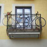 Detenido un joven que escaló a un balcón de Palomarejos para robar una bici valorada en 500 euros